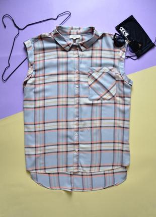 Красивая рубашка в клетку без рукавов