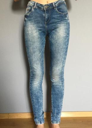 Новые джинсы от бренда house skinny