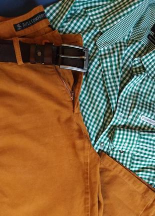 Хлопковые штаны, брюки чинос итальянского бренда rifle цвета camel