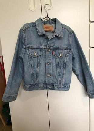 Куртка levi's оригинал!!!