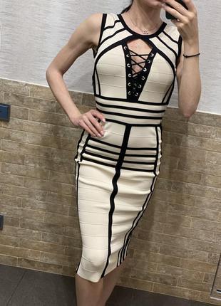 Бандажное платье elisabetta franchi оригинал