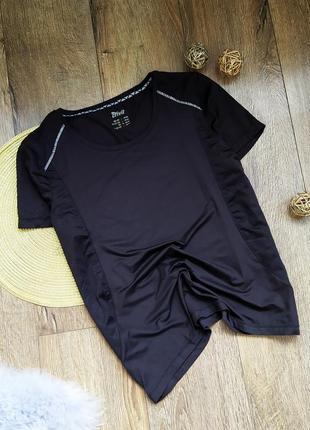 Спортивная футболка чёрная перфорация для йоги фитнеса