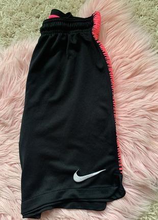 Nike футбольні шорти, шорты