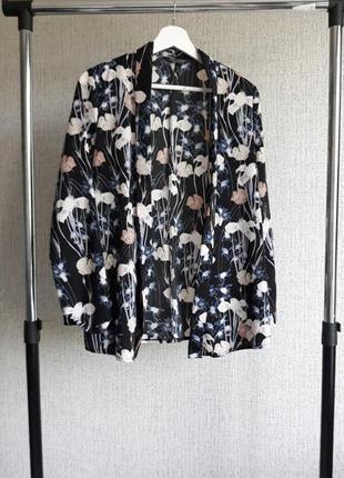 Кимоно. цветочный принт.