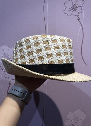 Шляпа соломенная унисекс с короткими полями