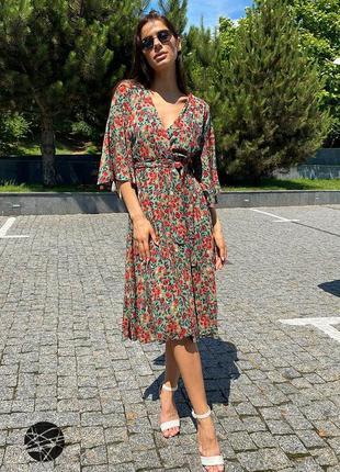 Платье миди с цветочным принтом зеленый1 фото