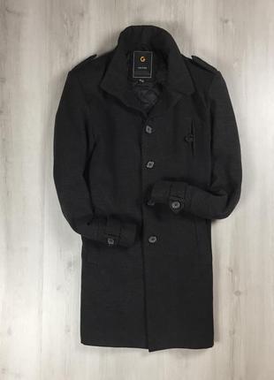 F9 чёрное пальто без воротника crownjin