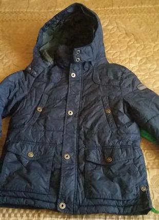 Продам деми курточку geox  6-7 лет