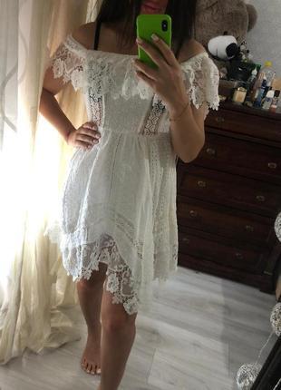 Красивое нежное платье-сарафан .очень дёшево