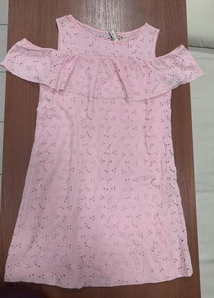 Красивое легкое платье. летнее платье с воланом. короткое платье с перфорацией