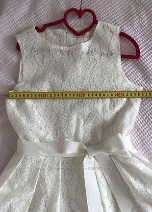 Нарядное платье на рост 140-153см, италия