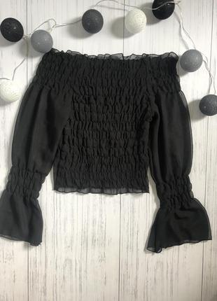 Чёрная шифоновая блуза с открытыми плечами