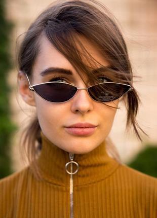Солнцезащитные узкие очки ретро формы cat eye в металической оправе