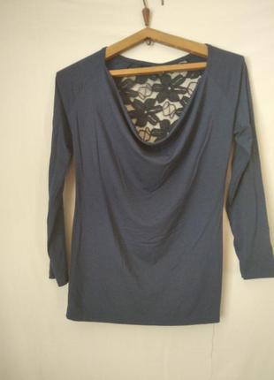 12 блуза синяя с гипюровой вставкой, размер 44-46, длина - 62 см, пог - 37 см