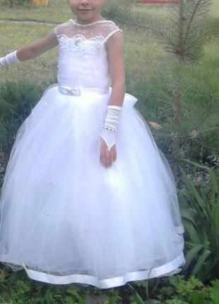 Платье пышное на девочку 5-7 лет
