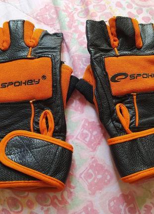 Перчатки фирмы spokey для велоспорта