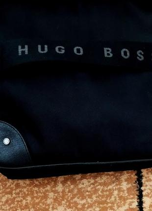 Оригинальная сумка фирмы hugo boss / сумка на плечо/ мессенджер