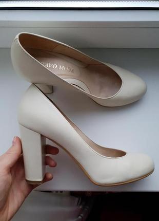 Шкіряні туфлі польської фірми bravo moda)