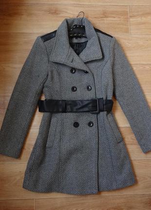 Снизила цену стильное серое пальто с поясом s - размер