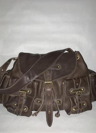 Кожаная обьемная фирменная сумочка на плечо topshop
