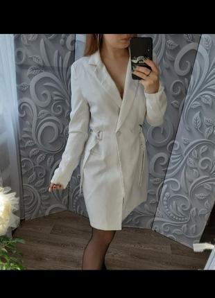 Базовое платье пиджак от missguided