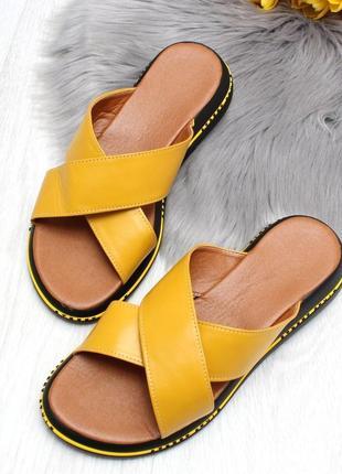 Шикарные шлёпки желтые