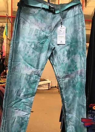 Летние брюки,варенка, размер 58, расцветочки.