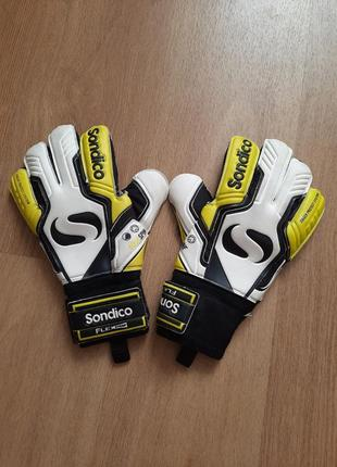 Воротарские перчатки  sondico flextrap