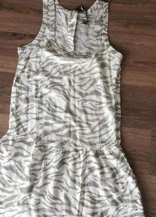 Новое легкое платье tommy hilfiger