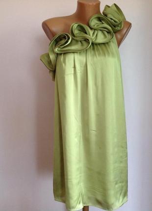 Суперовое елегантное салатовое  платье на одно плечо/s- m/ brend unique boutique