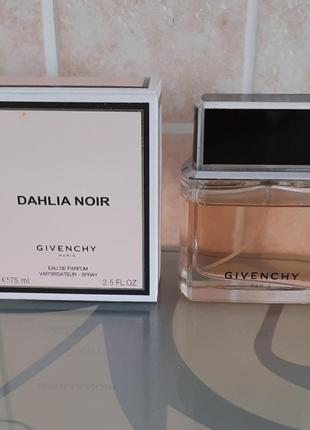 Женская парфюмерная вода dahlia noir