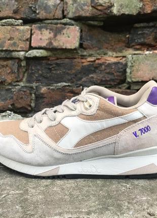 Жіночі кросівки diadora v7000