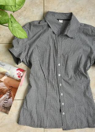Женская рубашка в чорно-белую клеточку)