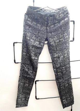 Неймовірно гарні штани zara premium denim1 фото
