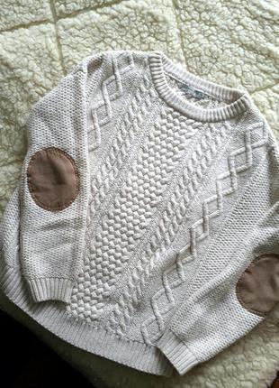 Крутой свитер с косичками