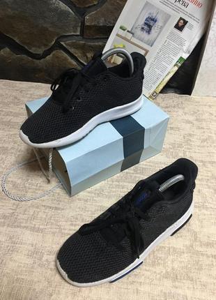 Кросівки підліткові adidas cloudfoam