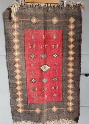 Ковровая дорожка. коврик . килим. ковер. половик