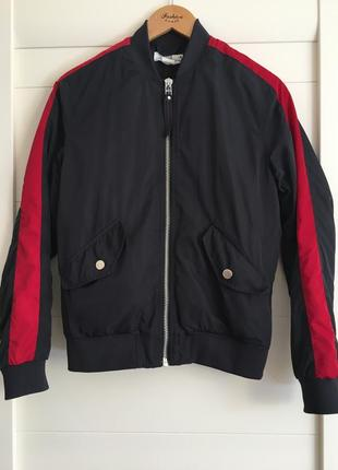 Бомбер,куртка