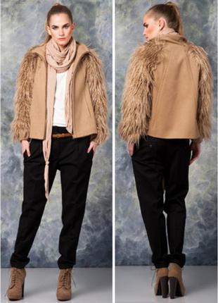 Zara пальто с меховыми рукавами шерсть бежевое camel