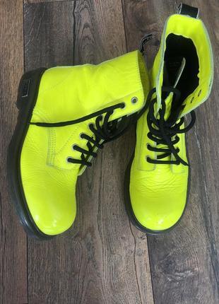 Стильные кожаные как новые ботинки cult