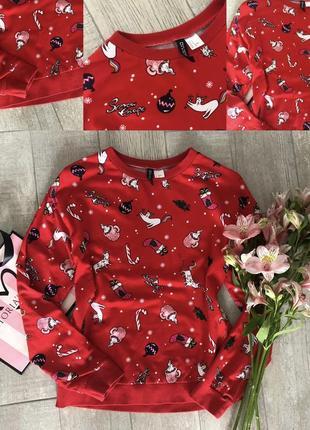 Червоний светр в коти-єдинороги