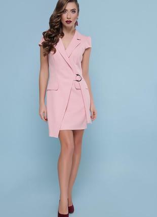 Персиковое платье с английским воротником