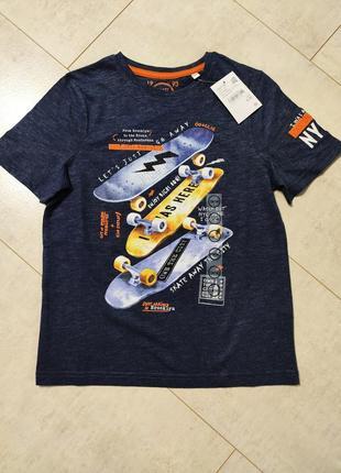 Стильная футболка на мальчика, принт скейт