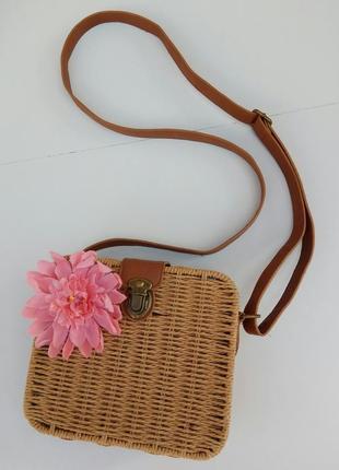 Плетёная сумка atmosphere. сумочка плетеная с цветком