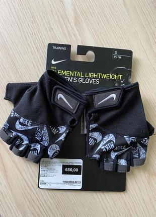 Перчатки для зала nike