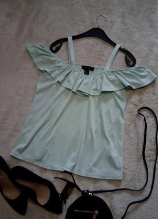 Блузка цвет мяты на бретельках с открытыми плечами рюшей оборкой размер 8-10 atmosphere