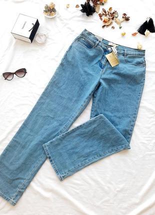 Базовые джинсы прямого кроя со средней посадкой новые