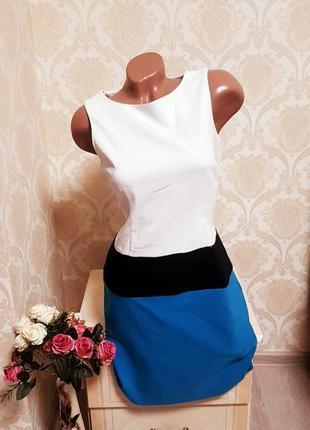 Стильное стрейчевое платье