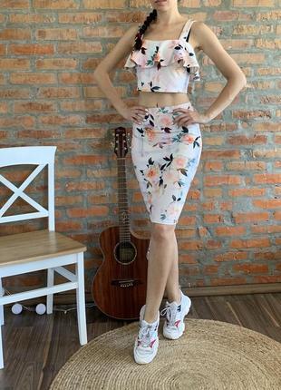 Шикарный костюм new look / топ и юбка