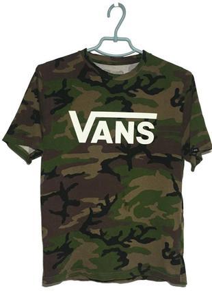 Камуфляжная футболка vans